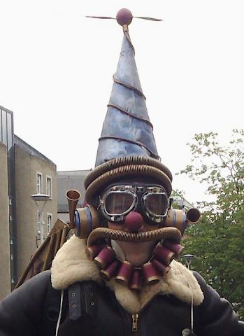 gnome with hat